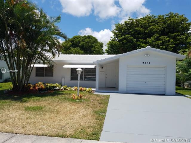 2441 N Cypress Rd, Pompano Beach, FL 33064 (MLS #A10683723) :: The Teri Arbogast Team at Keller Williams Partners SW
