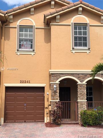 22241 SW 93rd Pl, Cutler Bay, FL 33190 (MLS #A10683974) :: Green Realty Properties
