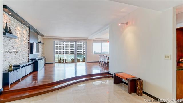 5001 Collins Ave Ph-4, Miami Beach, FL 33140 (MLS #A10683981) :: The Teri Arbogast Team at Keller Williams Partners SW