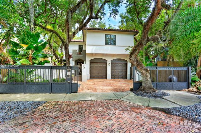 2454 Tigertail Ave, Coconut Grove, FL 33133 (MLS #A10684013) :: The Jack Coden Group
