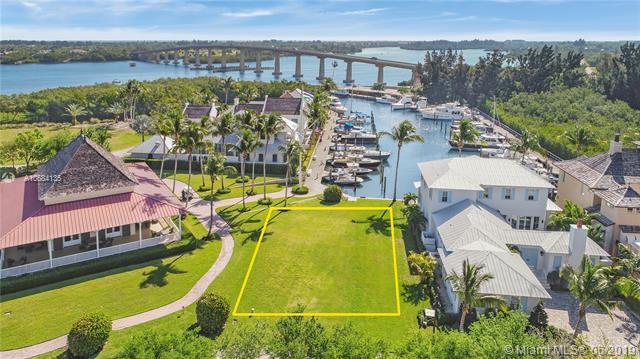 9180 Marsh Island Dr, Vero Beach, FL 32963 (MLS #A10684135) :: The Jack Coden Group