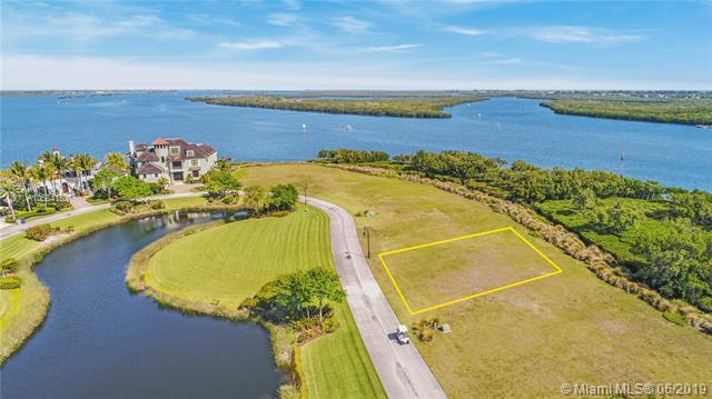 9250 E Marsh Island Dr, Vero Beach, FL 32963 (MLS #A10684158) :: The Jack Coden Group