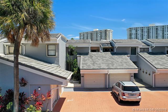 332 Poinciana Island Dr #1004, Sunny Isles Beach, FL 33160 (MLS #A10684184) :: Berkshire Hathaway HomeServices EWM Realty
