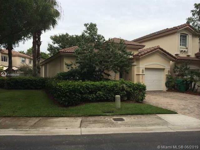 6672 NW 107th Ct, Doral, FL 33178 (MLS #A10684258) :: EWM Realty International