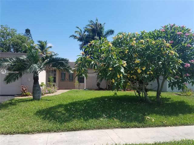 9141 NW 24th Ct, Sunrise, FL 33322 (MLS #A10684284) :: The Jack Coden Group