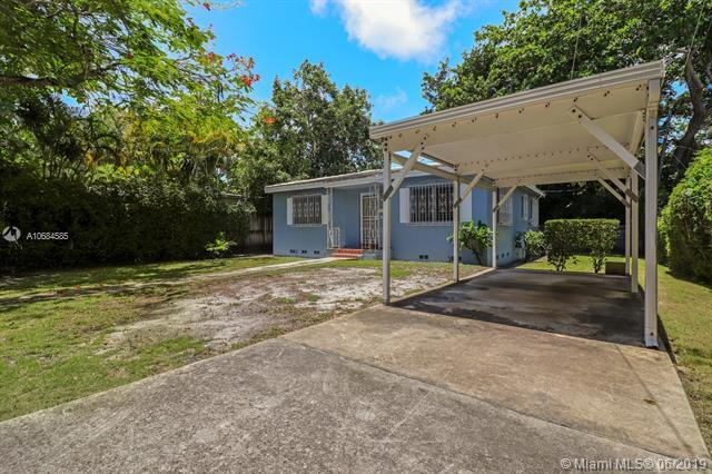 3620 S Douglas Rd, Miami, FL 33133 (MLS #A10684585) :: Lucido Global