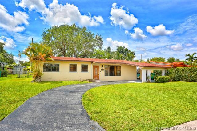 9860 SW 73rd St, Miami, FL 33173 (MLS #A10684871) :: Castelli Real Estate Services
