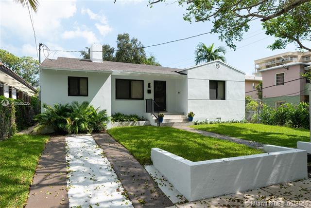 311 SW 21st Rd, Miami, FL 33129 (MLS #A10685235) :: The Brickell Scoop