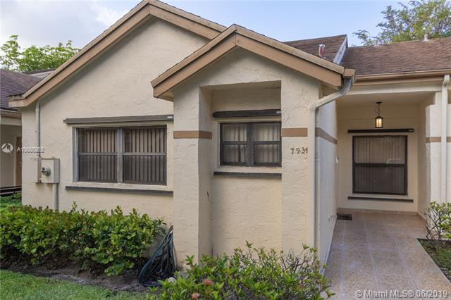 7934 NW 10th Ct #7934, Plantation, FL 33322 (MLS #A10685262) :: The Brickell Scoop