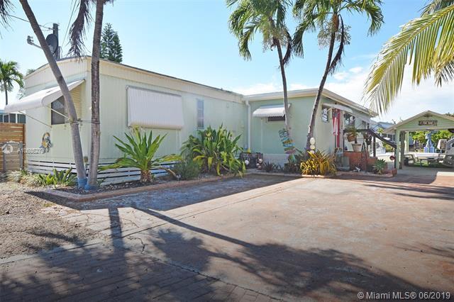 217 W 1st Ct, Other City - Keys/Islands/Caribbean, FL 33037 (MLS #A10685279) :: Green Realty Properties