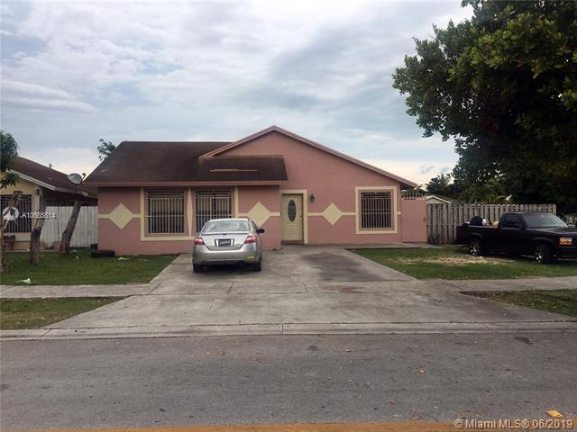 30139 SW 161st Ave, Homestead, FL 33033 (MLS #A10685814) :: Berkshire Hathaway HomeServices EWM Realty