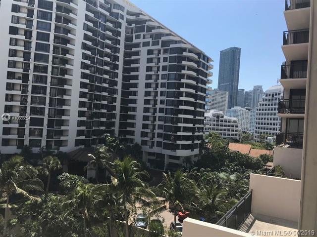 540 Brickell Key Dr #801, Miami, FL 33131 (MLS #A10685894) :: Ray De Leon with One Sotheby's International Realty