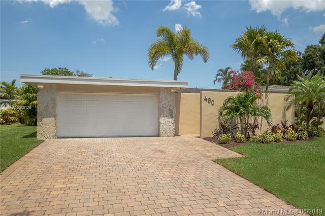 490 SW 55th Ter, Plantation, FL 33317 (MLS #A10686126) :: Grove Properties
