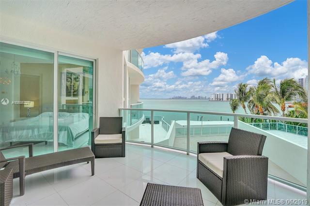 1910 Bay Dr #302, Miami Beach, FL 33141 (MLS #A10686227) :: Grove Properties