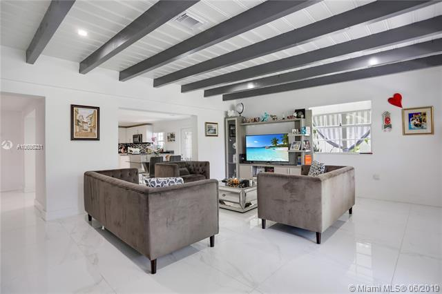 50 SW 21st Rd, Miami, FL 33129 (MLS #A10686231) :: The Brickell Scoop