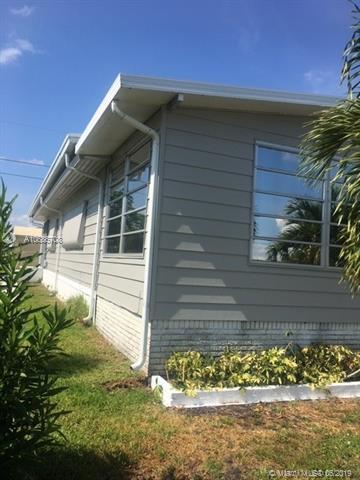 4434 Meadow View Dr, Boynton Beach, FL 33436 (MLS #A10686708) :: Grove Properties