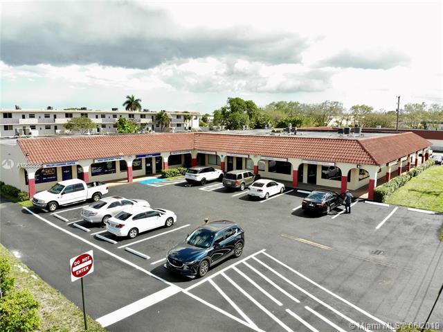 1100 Sunset Strip, Sunrise, FL 33313 (MLS #A10686868) :: The Brickell Scoop
