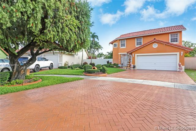 818 NW 134th Ave, Miami, FL 33182 (MLS #A10687034) :: The Teri Arbogast Team at Keller Williams Partners SW