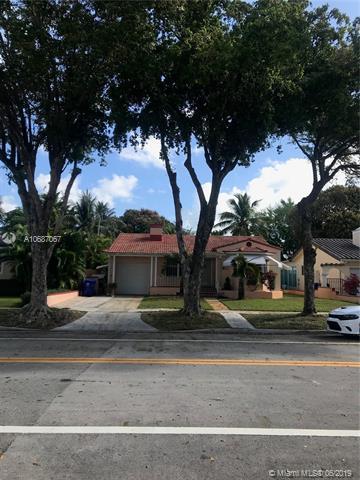 801 SW 24th Rd, Miami, FL 33129 (MLS #A10687067) :: The Paiz Group