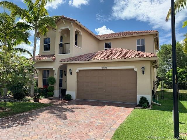 10508 NW 36th St, Coral Springs, FL 33065 (MLS #A10687194) :: The Brickell Scoop
