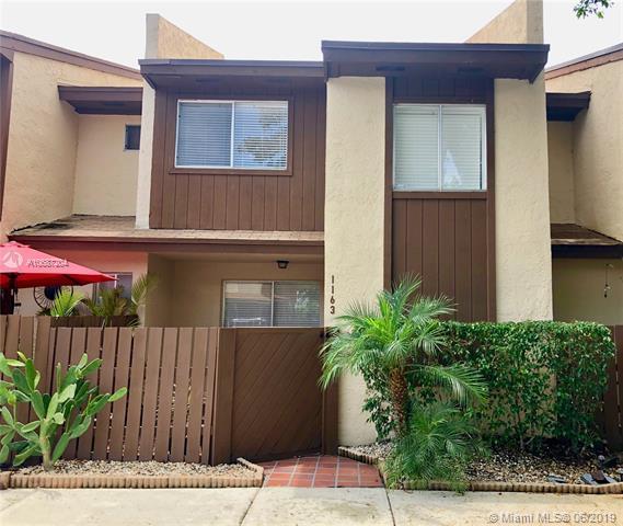 1163 Hampton Blvd #1163, North Lauderdale, FL 33068 (MLS #A10687204) :: Berkshire Hathaway HomeServices EWM Realty