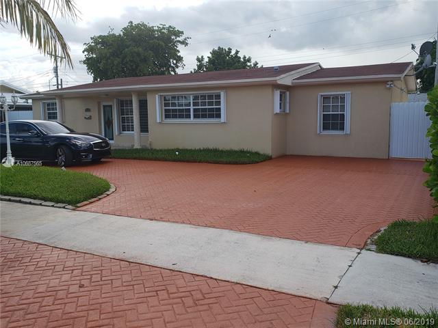 8012 W 15th Ln, Hialeah, FL 33014 (MLS #A10687565) :: The Jack Coden Group