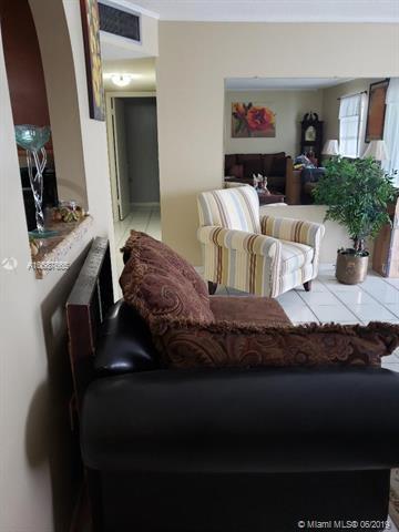 5190 E Sabal Palm Blvd #311, Tamarac, FL 33319 (MLS #A10687665) :: The Brickell Scoop