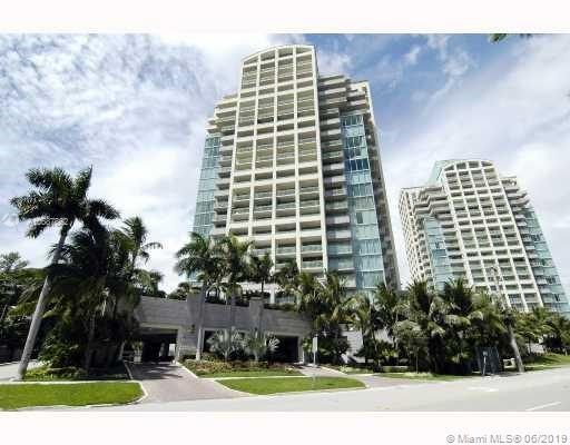 3400 SW 27th Ave #806, Miami, FL 33133 (MLS #A10687862) :: The Brickell Scoop