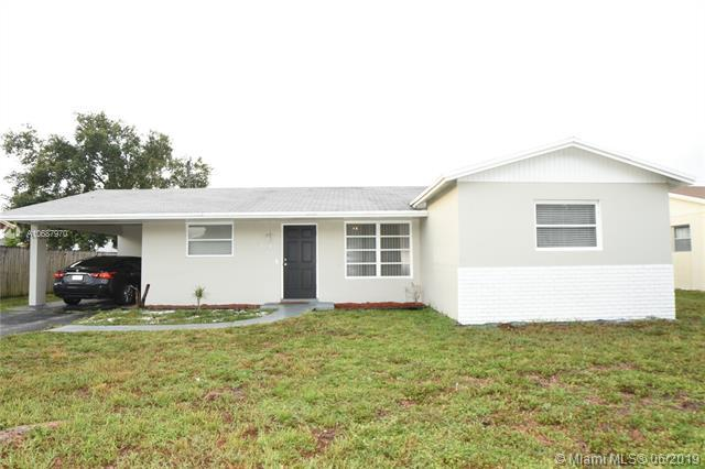 6741 NW 6th St, Margate, FL 33063 (MLS #A10687970) :: Berkshire Hathaway HomeServices EWM Realty