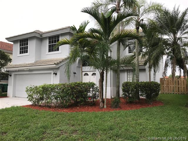 11030 Springfield Pl, Cooper City, FL 33026 (MLS #A10688213) :: EWM Realty International