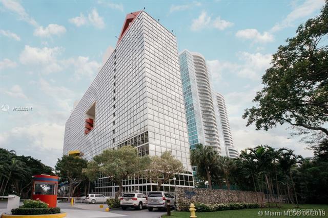 2025 Brickell Ave #1005, Miami, FL 33129 (MLS #A10688374) :: The Brickell Scoop