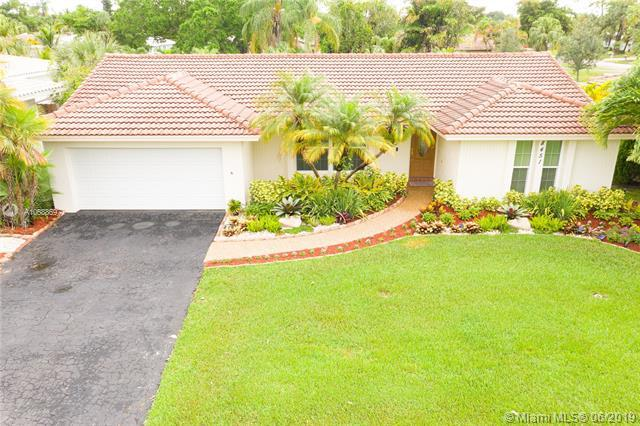 8451 NW 14th Ct, Coral Springs, FL 33071 (MLS #A10688697) :: The Brickell Scoop