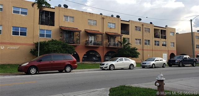 1300 W 53rd St #36, Hialeah, FL 33012 (MLS #A10689097) :: The Jack Coden Group