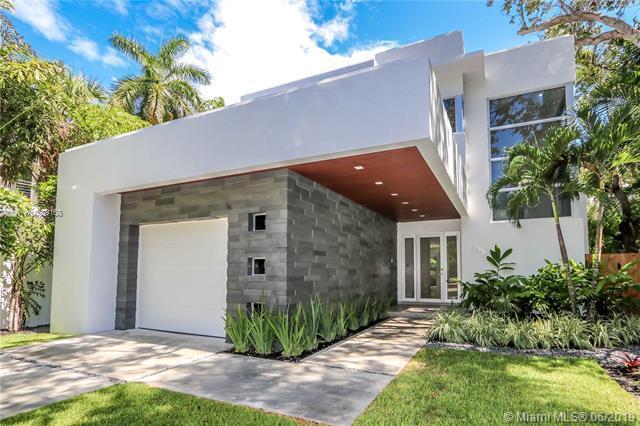 4085 Malaga Ave, Miami, FL 33133 (MLS #A10689168) :: The Riley Smith Group