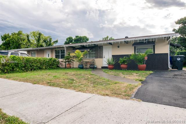 1911 SW 66 AVE, North Lauderdale, FL 33068 (MLS #A10689184) :: The Brickell Scoop