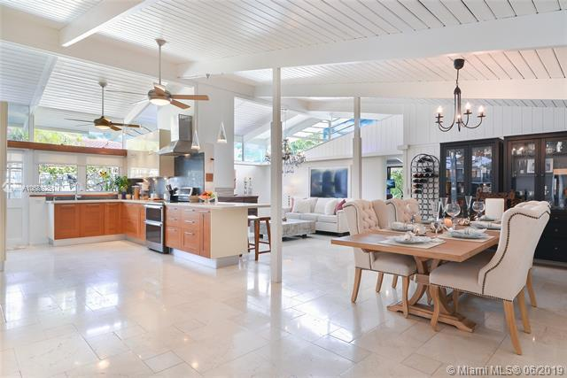 2811 NE 41st St, Fort Lauderdale, FL 33308 (MLS #A10689251) :: Grove Properties