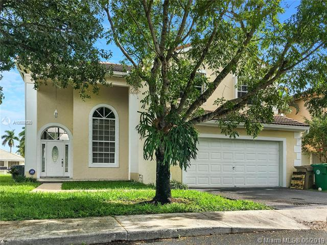 14171 Richwood Pl, Davie, FL 33325 (MLS #A10689320) :: EWM Realty International