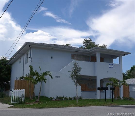 10275 SW 175, Miami, FL 33157 (MLS #A10689405) :: The Jack Coden Group