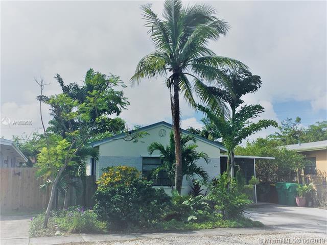 42 SE 12th St, Dania Beach, FL 33004 (MLS #A10689530) :: EWM Realty International