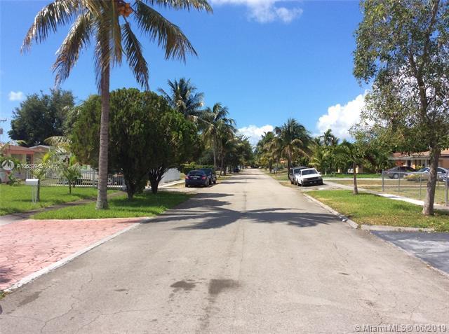 16166 NE 9th Ave, North Miami Beach, FL 33162 (MLS #A10689948) :: The Teri Arbogast Team at Keller Williams Partners SW
