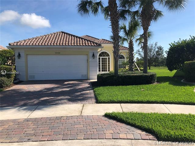 12132 SW Lockhaven Ct, Port Saint Lucie, FL 34987 (MLS #A10690063) :: The Brickell Scoop