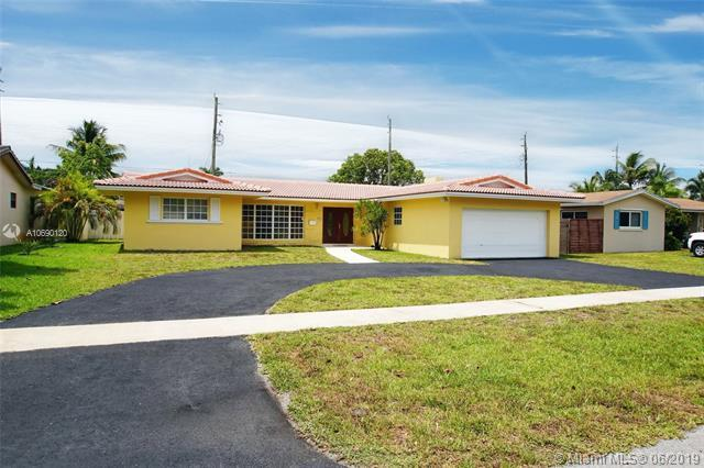 4900 Adams St, Hollywood, FL 33021 (MLS #A10690120) :: Green Realty Properties