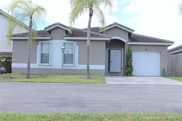 12323 SW 146th St, Miami, FL 33186 (MLS #A10690170) :: Green Realty Properties