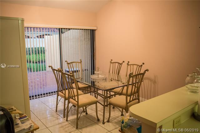20904 Leeward Ct 222-2, Aventura, FL 33180 (MLS #A10690189) :: Green Realty Properties