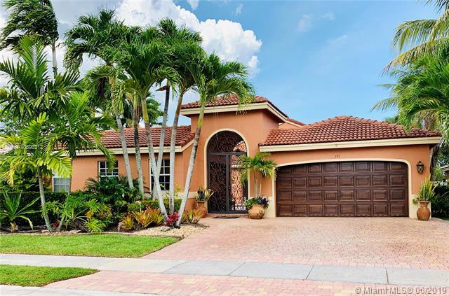 355 SW 198th Ter, Pembroke Pines, FL 33029 (MLS #A10690212) :: Green Realty Properties