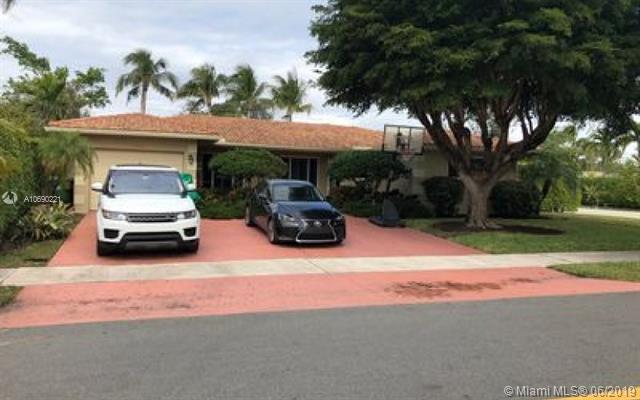 2133 NE 63rd St, Fort Lauderdale, FL 33308 (MLS #A10690221) :: Grove Properties
