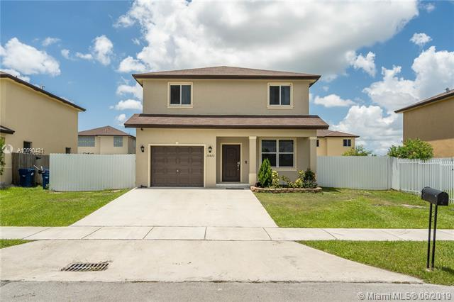 18822 SW 318th Ter, Homestead, FL 33030 (MLS #A10690421) :: EWM Realty International