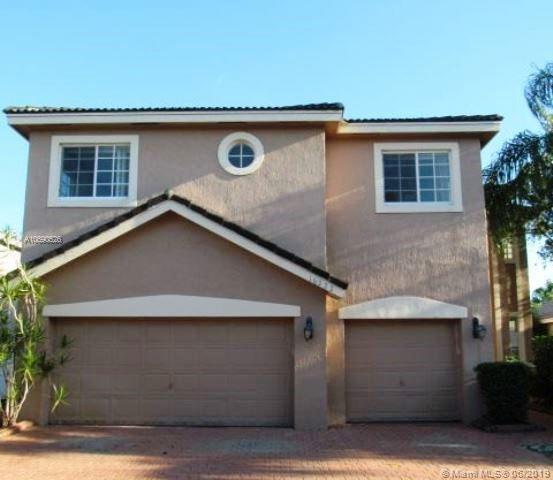 16222 SW 14th St, Pembroke Pines, FL 33027 (MLS #A10690526) :: EWM Realty International
