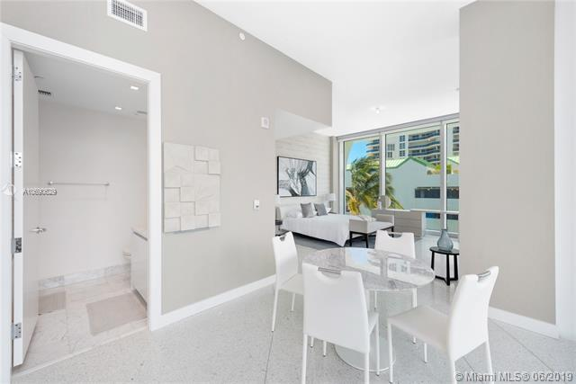 16901 Collins Ave #402, Sunny Isles Beach, FL 33160 (MLS #A10690629) :: RE/MAX Presidential Real Estate Group