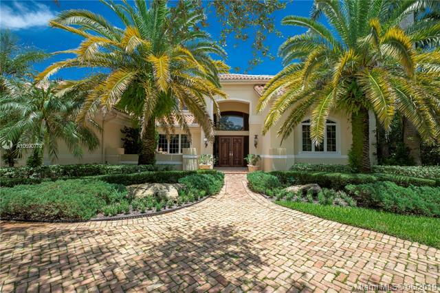 621 Destacada Ave, Coral Gables, FL 33156 (MLS #A10690778) :: The Maria Murdock Group